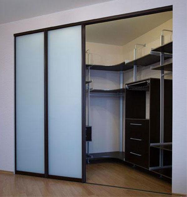 Как сделать двери-купе для гардеробной